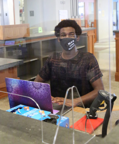 Library Tech Assistants Offer a Helping Hand
