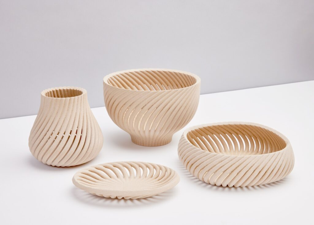 Bowls and vases made with Forust 3D printing