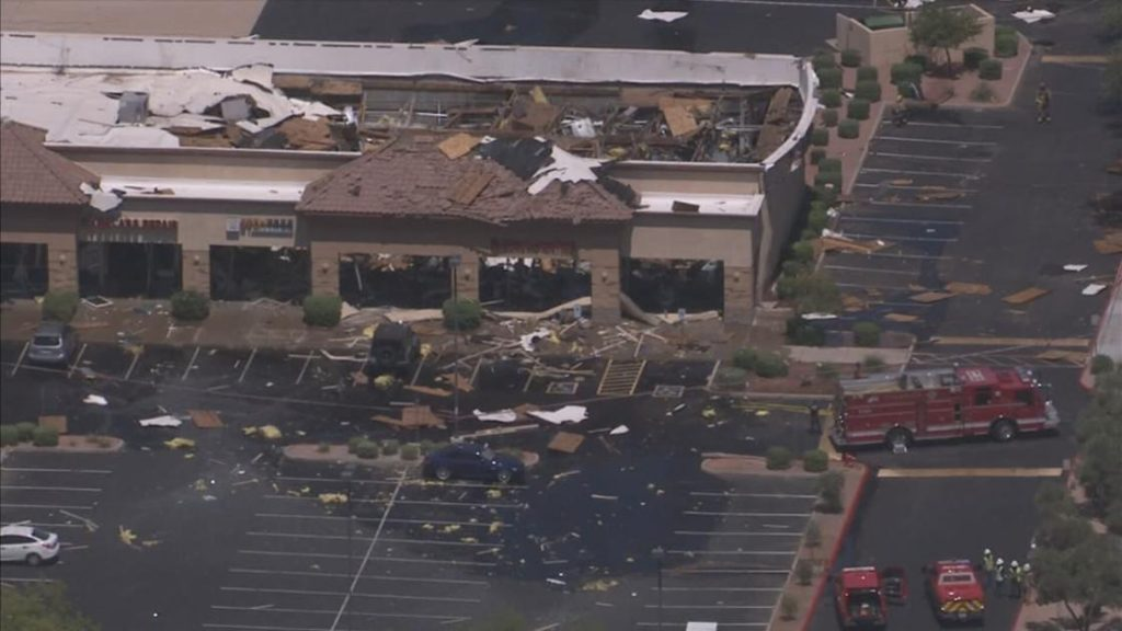 4 people seriously hurt, homes evacuated after Chandler explosion   Arizona News