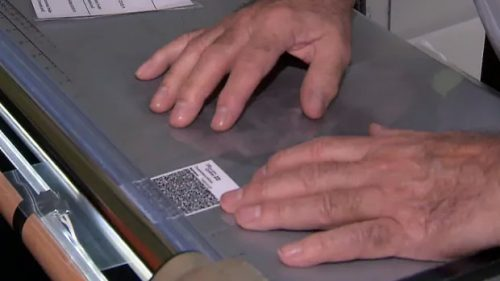 Rush on printing, laminating services in Quebec as vaccine passport looms